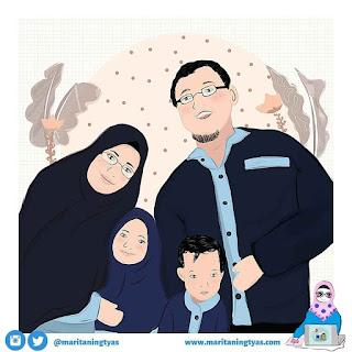 Marita Ningtyas dan Keluarga