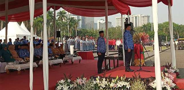 Anies Ajak Jajaran Doakan 16 Ribu Pahlawan Yang Gugur Di Surabaya