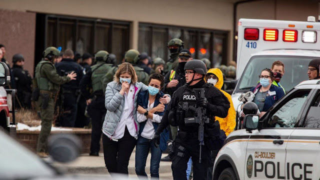 Gunman kills 10 people including police officer at a grocery store in Colorado (Pictures)
