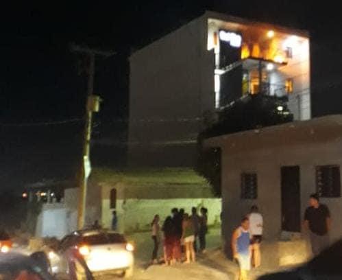 Explosión en un departamento deja a dos menores y una mujer heridos en Culiacán