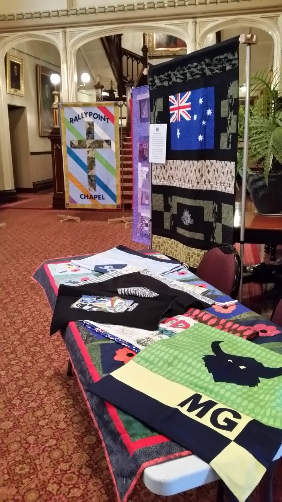 Aussie hero quilts and laundry bags government house for Quilt and craft show