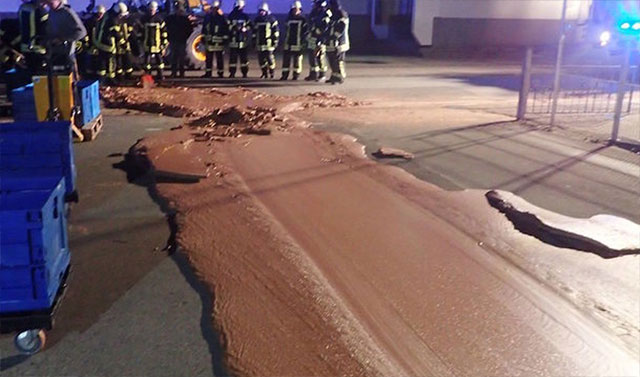 Banjir Coklat DreiMeister
