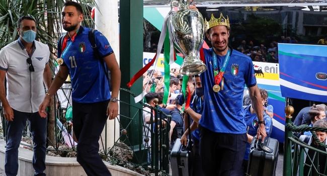 Avrupa Şampiyonu İtalya evine döndü