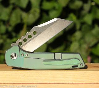 Fura Gear Warhound titanium flipper