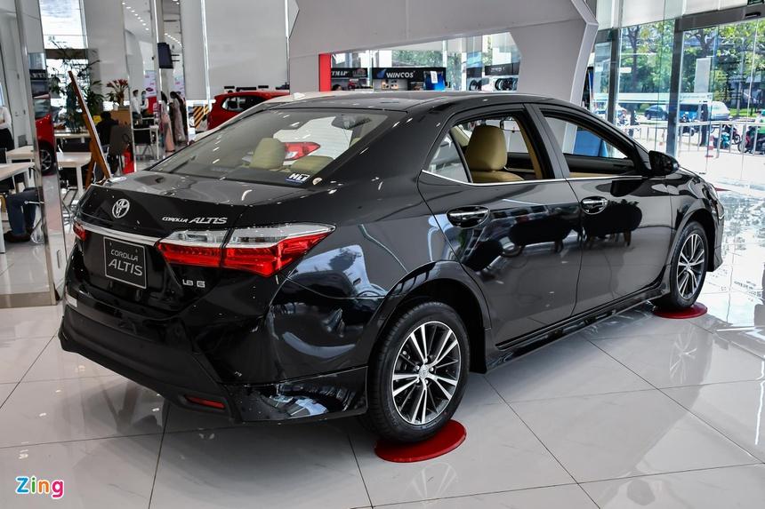 Những mẫu xe gia đình tầm giá 700 triệu đồng đáng chú ý