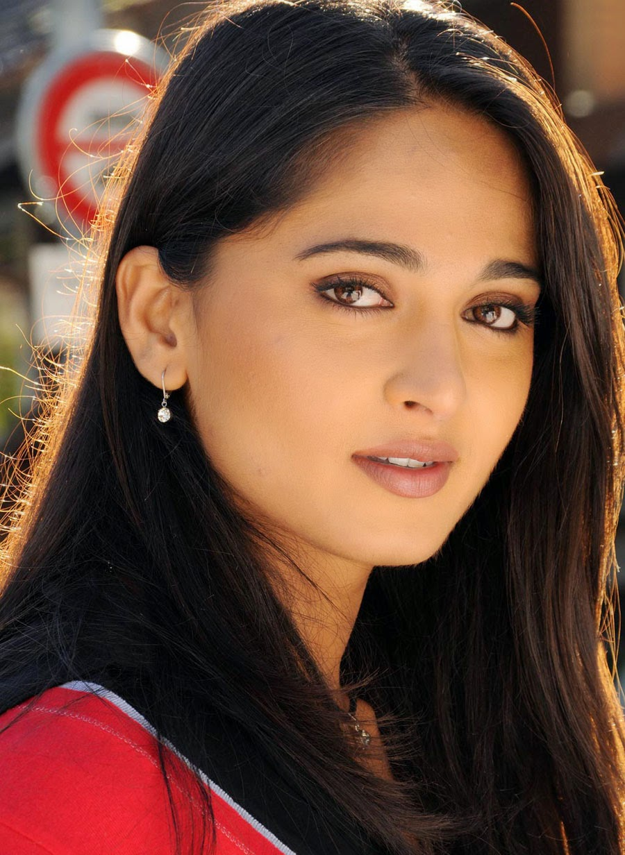 COOGLED: ACTRESS ANUSHKA SHETTY LATEST HD PICTURES