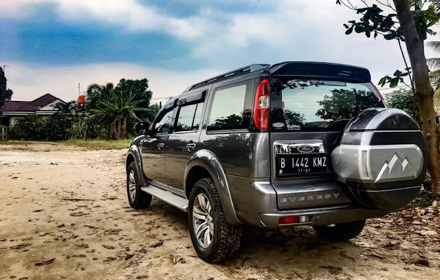 Daftar Pajak Ford Indonesia