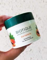 Biotique 'Bio Papaya' Revitalizing Tan-Removal Scrub - Review