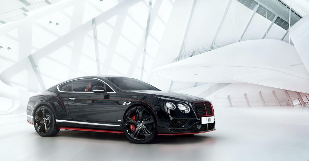 Vẻ ngoài hầm hố, bí ẩn và nguy hiểm của Bentley Continental GT Black Speed