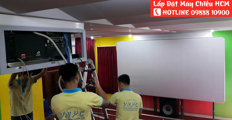 Dịch vụ lắp đặt máy chiếu tại TpHCM