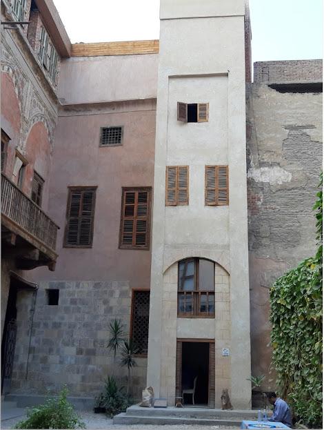 مشروع ترميم وحفظ بيت يكن في القاهرة التاريخية من خرابة ومرعى للأغنام إلى متحف فني ومعماري 1