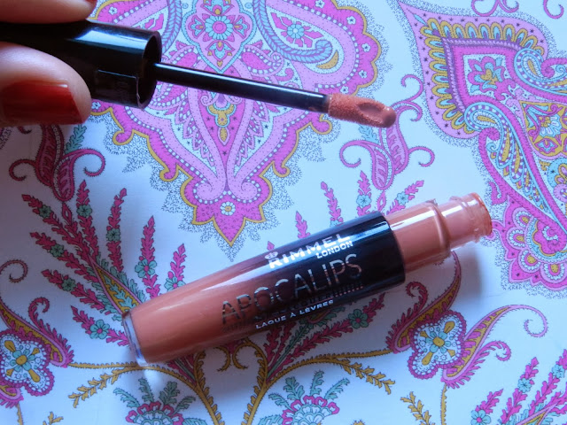 Rimmel Apocolips Lip Lacquer in Luna doe foot applicator