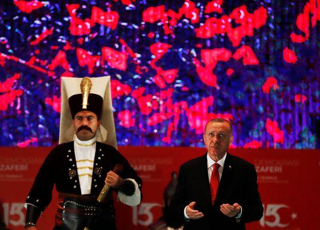 Τουρκία: Ο κατήφορος του Ερντογανισμού