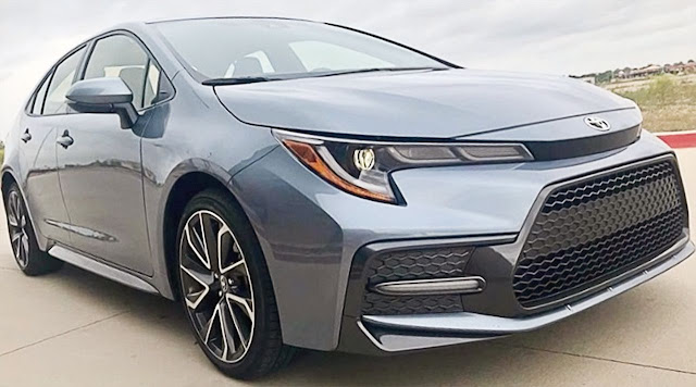 Toyota-Corolla-XSE-2020-Celestite-Gray-Metallic-exterior-grille-headlight