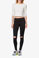 Outfit Clarres top si pantalon alb cu negru