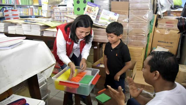 Ministra Flor Pablo lideró supervisión de escuelas públicas en Lima Metropolitana
