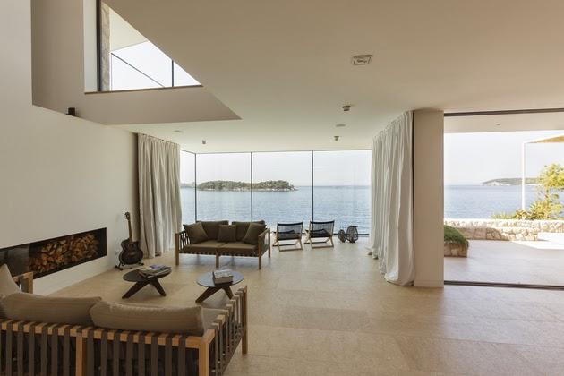 yang akan kami tampilkan kali ini berada di area Pantai Kroasia yang dikelilingi oleh per Desain Villa Mewah Kontemporer