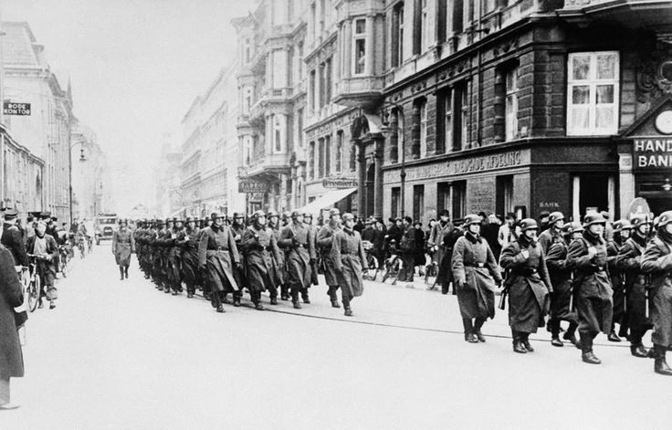 20 April 1940 worldwartwo.filminspector.com Wehrmacht Copenhagen