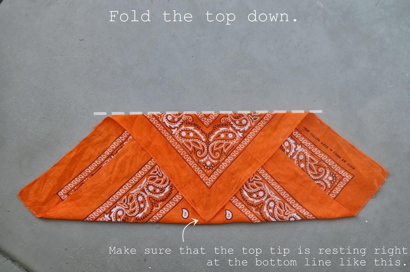 How to FOLD a Bandana Into a Headband  bc1f1c43204
