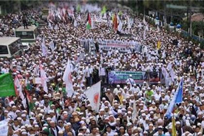 Pengamat Politik: Bila AhokTak Masuk Penjara, Jokowi Bisa Jatuh