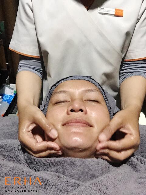 facial signature dpct di erha clinic depok