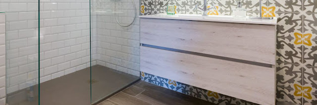 Materiales de moda en los baños