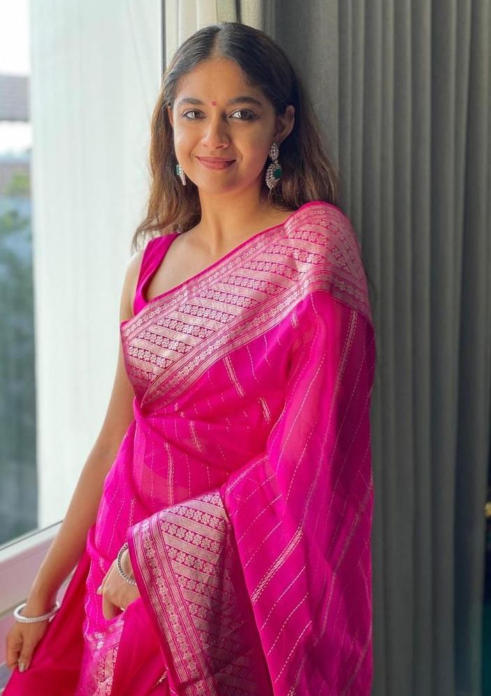 Keerthy Suresh in Saree Looking Gorgeous in Her Friend Wedding 2