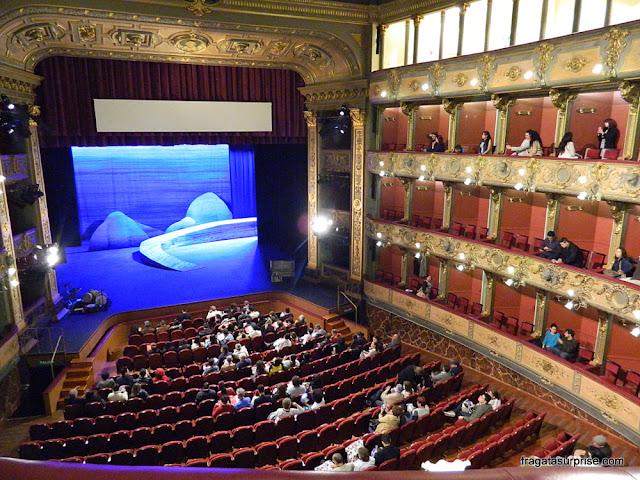 Palco do Teatro Colón de Bogotá, Colômbia
