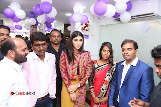 Actress Mannara Chopra Pictures at Natural Salon Launch  0247.JPG