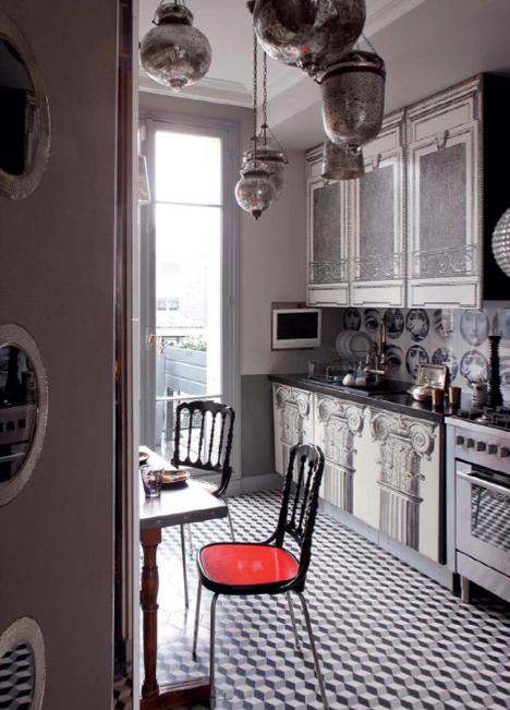 Bardzo nowoczesne kuchnie Paryża.