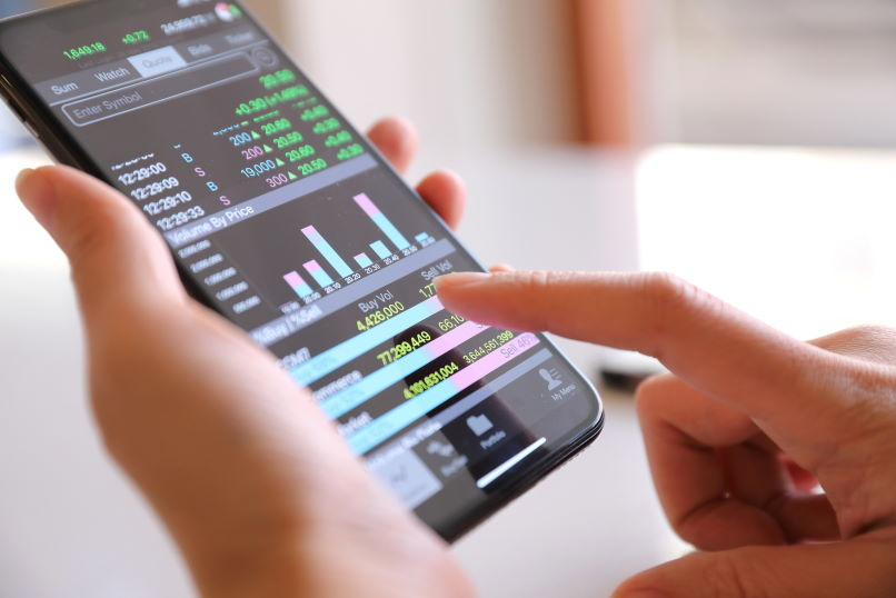 Mejor aplicación móvil para trading de divisas licencia Adobe Stock