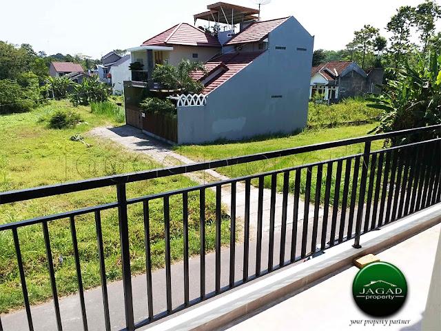 Rumah 2 Lantai jalan Kaliurang Km 13