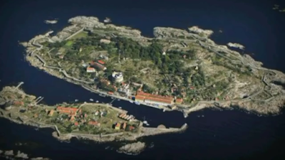 Image of RUSSIA'S Island