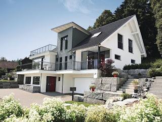 modernes architektenhaus mit satteldach