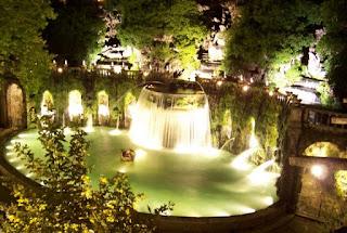 Villa d'Este a Tivoli - Apertura notturna - Visita guidata al chiaro di luna portando la torcia