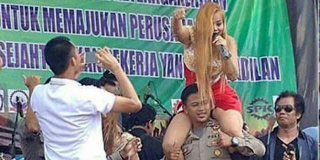 Viral foto polisi gendong biduan, ini tanggapan Polda Jabar