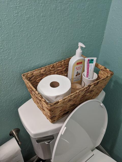 Guest Bathroom Essentials | www.kristenwoolsey.com