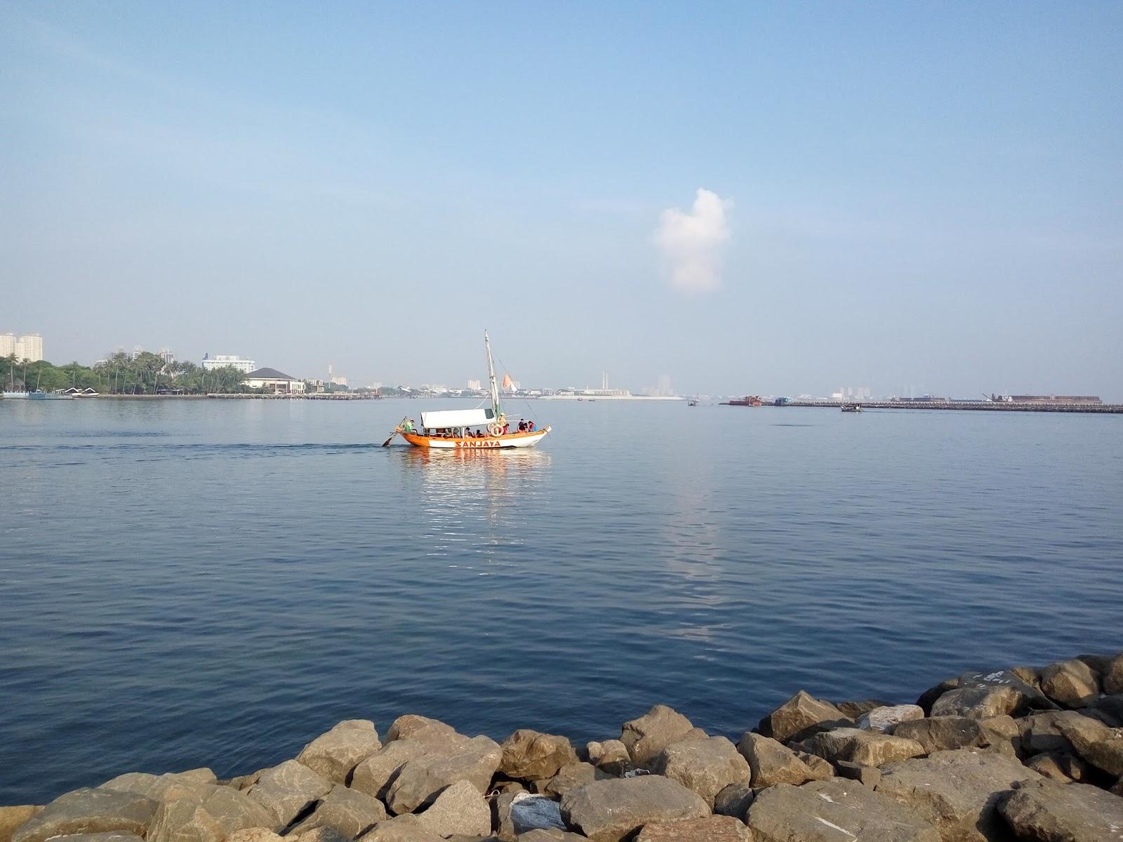 Denikalogi Taman Bukan Impian Jaya Ancol