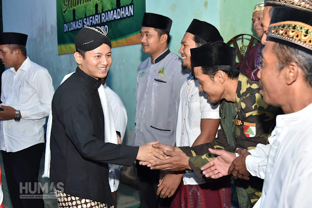 Gus Ipin Sapa Masyarakat Munjungan Dalam Safari Ramadhan