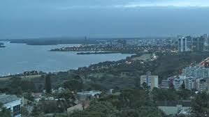 A foto mostra o entardecer gelado em Porto Alegre a Capital do Estado do  Rio grande do Sul.