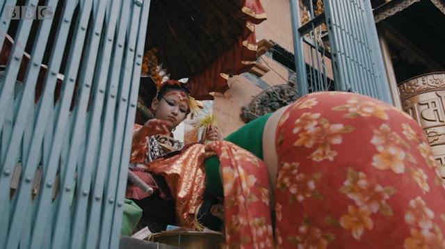 Kumari Devi disembah