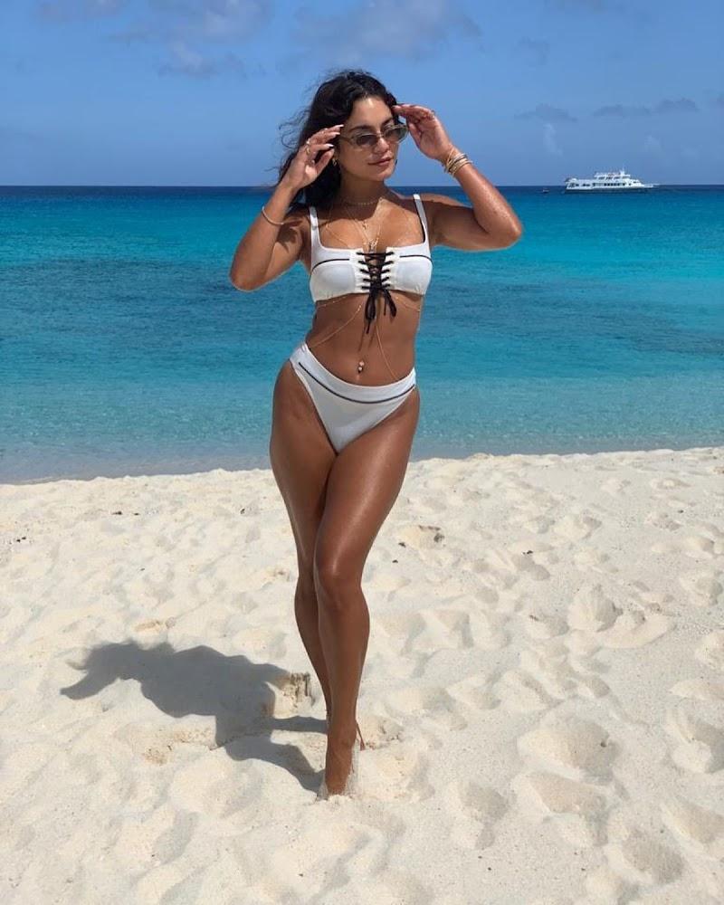 Vanessa Hudgens clicked in Bikini at a Beach – Instagram clicks 6 Nov-2020