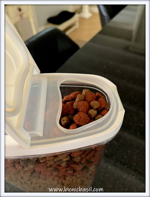 Top Tips For Cat Pawrents ©BionicBasil® Dry Food Decanter, Easy Pour Less Mess