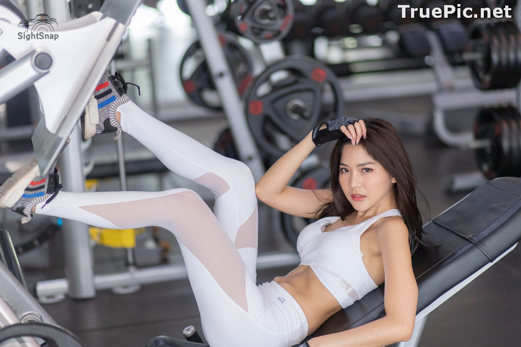 Image Thailand Model - Phitchamol Srijantanet - White and Black Fitness Set - TruePic.net - Picture-4