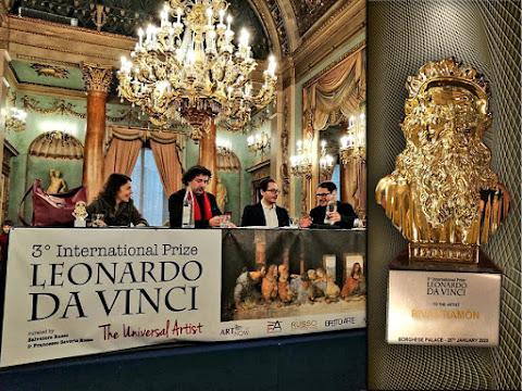 Los curadores Salvatore Russo y Francesco Saverio Russo  en la ceremonia de entrega de premios