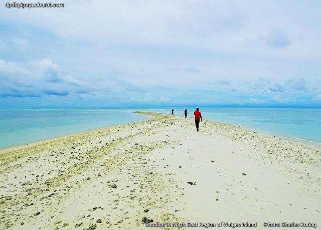 Adventure tour in Waigeo island