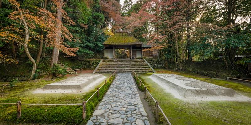 วัดโฮเน็นอิน (Honen-in Temple)