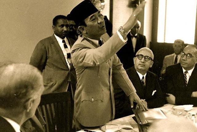 Ketika Sukarno Mewarnai Republik