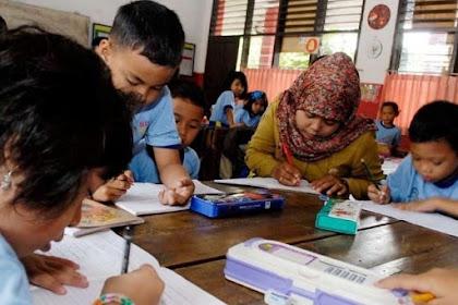 Dalam Peningkatan Mutu Pendidikan Guru Mesti Memiliki Ijin Praktek Mengajar