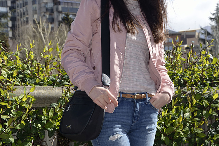 pink-bomber-rosa-look-blogger-fashion-jeans-outfit